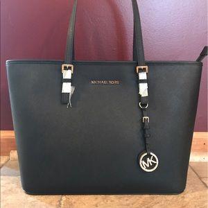 KORS Michael Kors Handbags - NWT Michael Kors Travel Tote