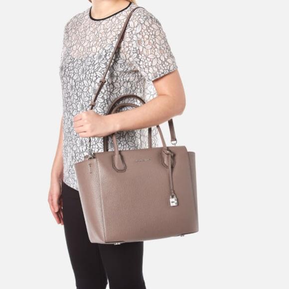97fd6363c089 Lovely MK mercer large Satchel cinder handbag. Boutique. Michael Kors