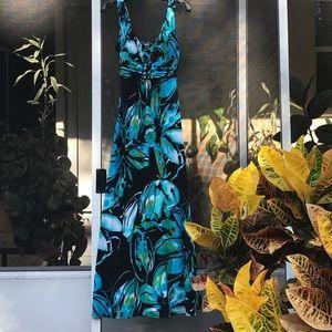 Bisou Bisou Dresses & Skirts - ✨🦋BisouBisou Size 4 Blue Floral Maxi Dress✨🛍