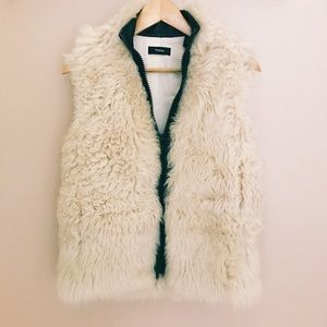Jackets & Blazers - Theory Lamb Shearling Leather Gilet Vest