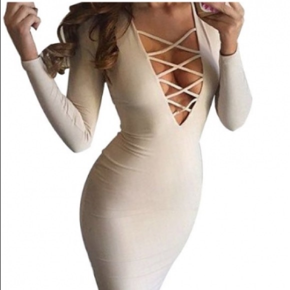 7f2bbd6facbeb Dresses & Skirts - 🎊SALE🎊Nude criss cross super sexy classy dress