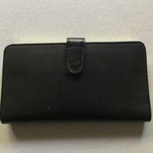 Coach Handbags - Coach black leather Wallet