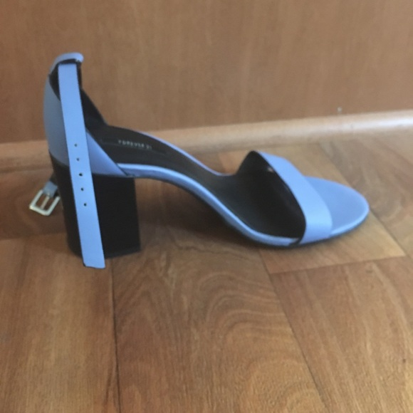 Shop Women's Forever 21 Blue size 6 Wedges at a discounted price at Poshmark. Description: Blue wedged heels with zippers on the sides. Super comfy! Like new!. Sold by olgaboyko Fast delivery, full service customer support.