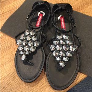 NWOT Union Bay Black Strapped Sandals