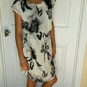 GLAM female black floral dress size S