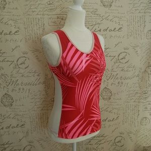 Nike Woman's Pink Athletic Tank Top Small