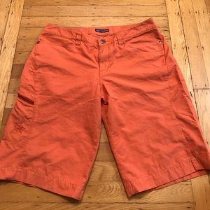 Arc'teryx Pants - ☀️ Women's Arcteryx Cargo Shorts Size 10 ☀️