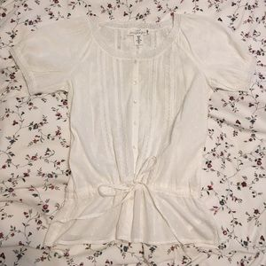 NWOT H&M Cute White Botton Down Top with Lace