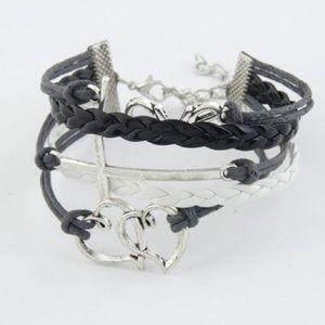 Jewelry - NWOT Black LOVE heart bracelet