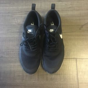Nike Air Max Thea Size 7.5 New