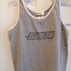 Nike Gray Athletic Tank Top Size Small EUC