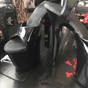 Ellie Shoes - Black stilettos