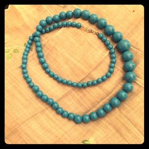 Jewelry - Extra long turquoise beaded necklace