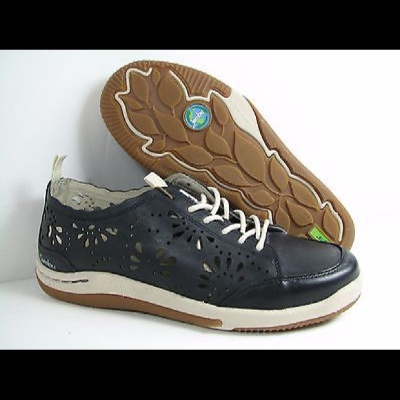 Is Jambu Shoes True To Size