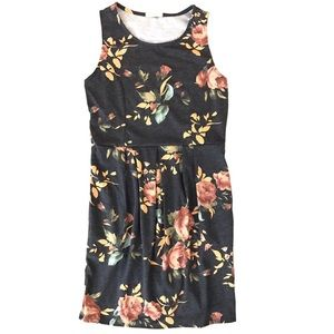 12 Pm By Mon Ami Dresses & Skirts - Sheath dress with POCKETS!