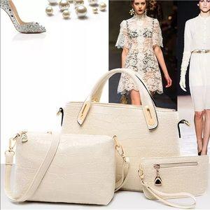 Handbags - 3 Pc Matching Purse Set