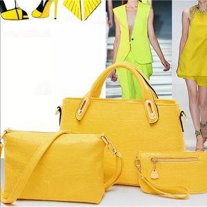 Handbags - 3pc. Matching Purse Set 💛