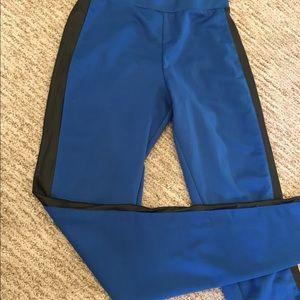 Kardashian Kollection skinny pants/leggings
