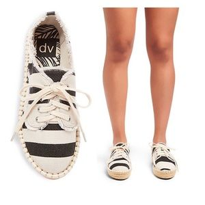 DV by Dolce Vita Shoes - 🆕Roxie Canvas Lace Up Espadrille Sneakers