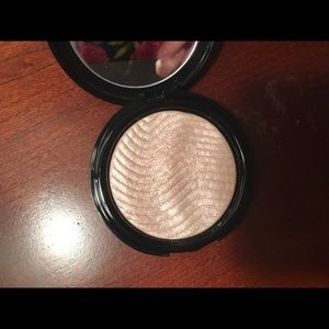 Makeup Forever Other - Make Up For Ever Pro Light Fusion Highlighter 01
