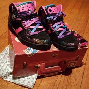 Osiris Shoes - Black and Pink Osiris Skateboard Sneakers