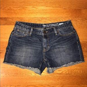 Sexy boyfriend denim shorts size 4/27