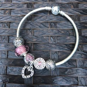 Jewelry - Pink Fashion Charm Bracelet 17cm