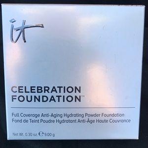 IT! Celebration Foundation MEDIUM