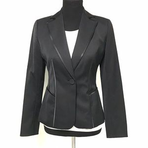 Ann Taylor Jackets & Blazers - Ann Taylor black blazer