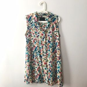 No. 6 Dresses & Skirts - No. 6 silk button up floral dress