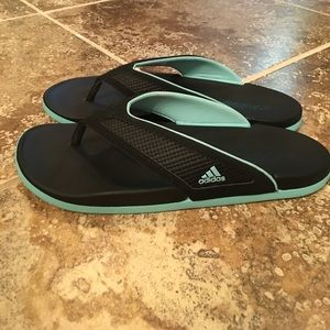 305083028f78e Buy adidas ultra foam flip flops   OFF39% Discounted