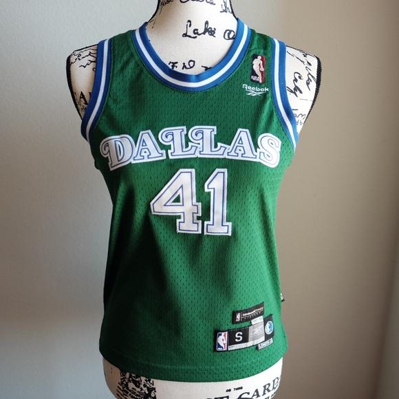 check out 7b165 9498e Dallas Mavericks Nowitzki Green Basketball Jersey
