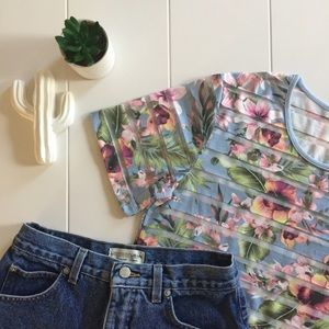 Tops - Floral Cropped Top