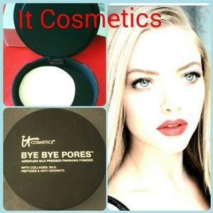 IT COSMETICS Other - It Cosmetics -Press Powder