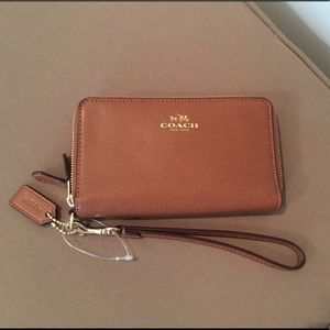 NEW Coach Crossgrain Leather Double Zip Phone Case
