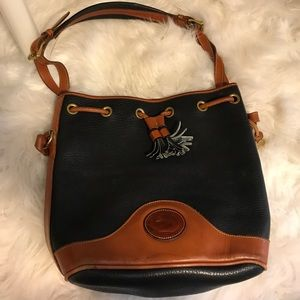 Dooney & Bourke Handbags - Vintage Dooney & Bourke black and brown bucket bag