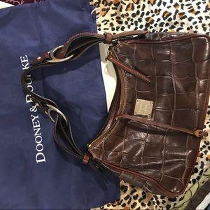 Authentic Registered Dooney & Bourke w/ dust bag