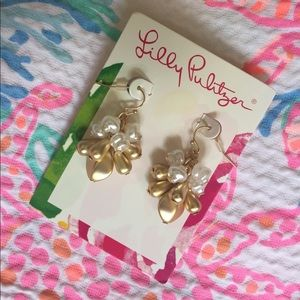 Lilly Pulitzer Gold Metallic Pearl Dangle Earrings