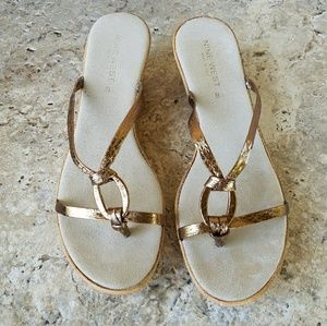 Nine West Metallic Bronze Sandals Size 8.5