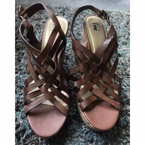 FIONI Clothing Shoes - Trendy size 11 brown Wedges!