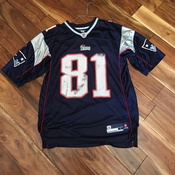 Patriots Randy moss jersey. M 594ff68d5c12f80bd400df67 86a43513f