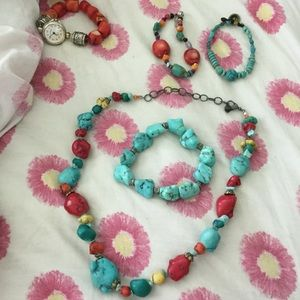Jewelry - Lovely turquoise large nuggets, silver  spacers