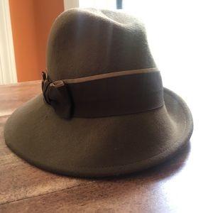 Tarnish Accessories - Wool hat