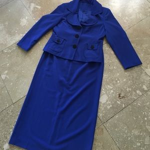 Beautiful Cobalt SET Blazer and skirt set 🧁