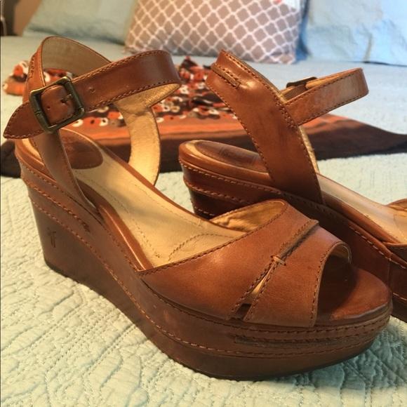 48bd43b299f Frye Shoes - Frye Carlie Seam Sandal Wedge in Cognac - 8.5
