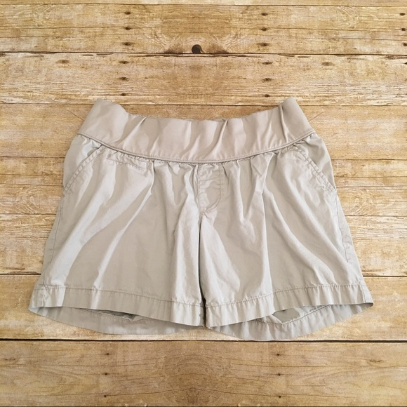 Liz Lange for Target Pants - Tan Liz Lange Maternity shorts, medium