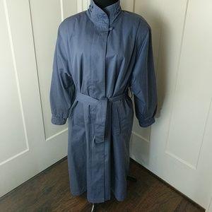 Vintage London Fog trench coat 10 Petite