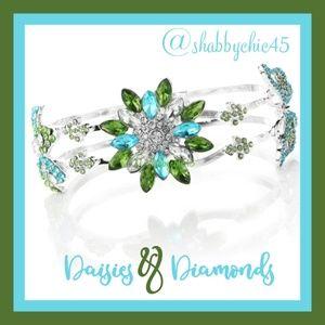 Boutique Jewelry - Daisies & Diamonds Bangle Bracelet