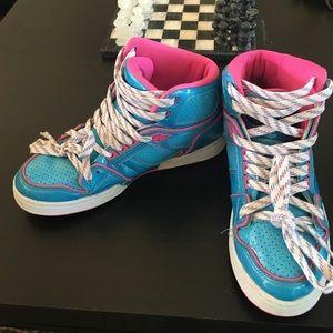Osiris Shoes - Fun high top kicks, great condition.