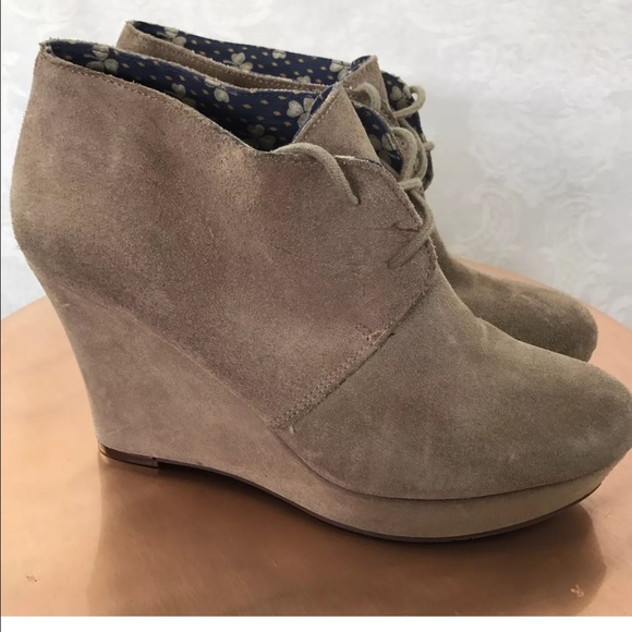 141cb11605a Lucky Brand Shoes - Lucky Brand suede Ankle boots Lace Up wedge 9.5